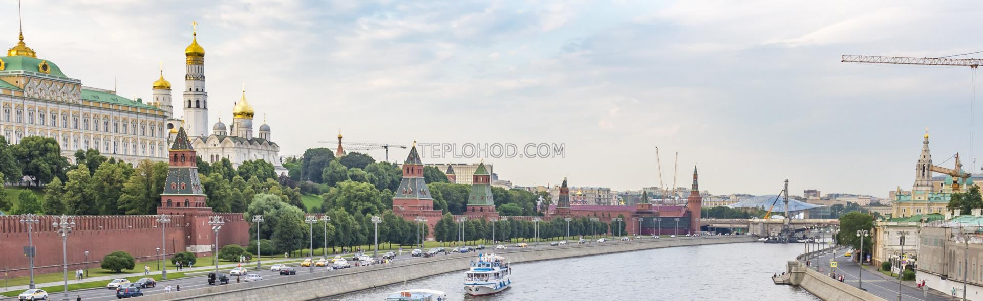 Прогулка на теплоходе по всему центру Москвы без возвращения на причал отправления