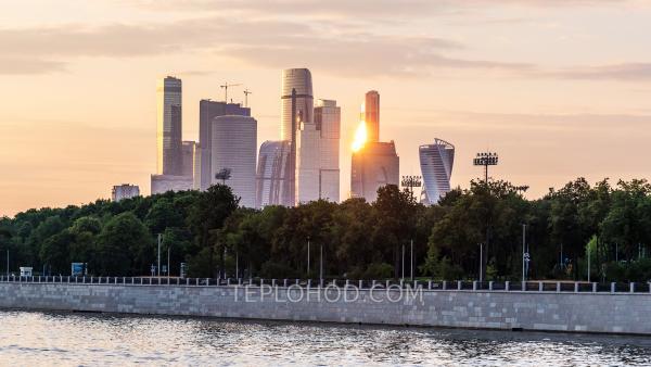 Прогулка на теплоходе по Москве-реке от Москва-Сити