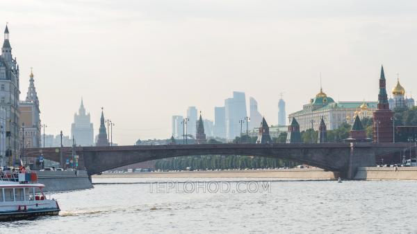 """Двухчасовой утренний круиз с завтраком на комфортабельных теплоходах """"Доброе утро, Москва!"""""""