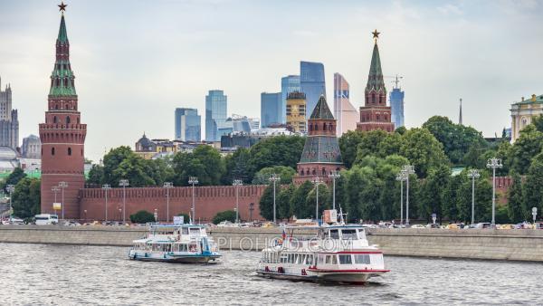 Речное гастрономическое путешествие с отправлением от Устьинского моста и остановкой у Киевского вокзала